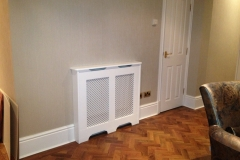 Old England design finished in satin white with a white faced pattern grille Oregon